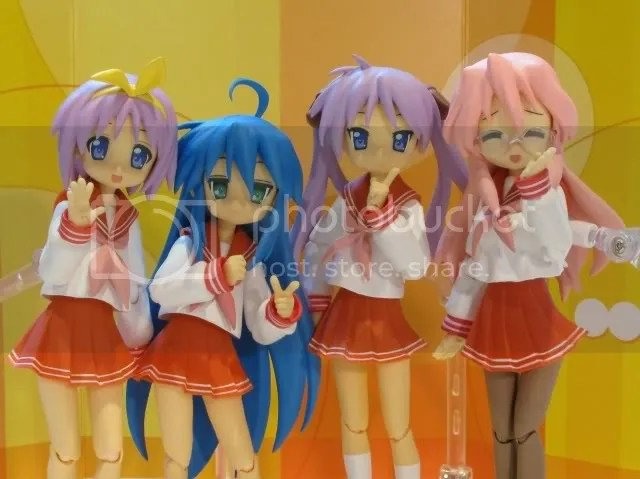 Miyuki came with a diarama, so there was fun to be had with the camera ^ ^