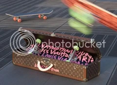 Louis Vuitton Graffiti Skateboard