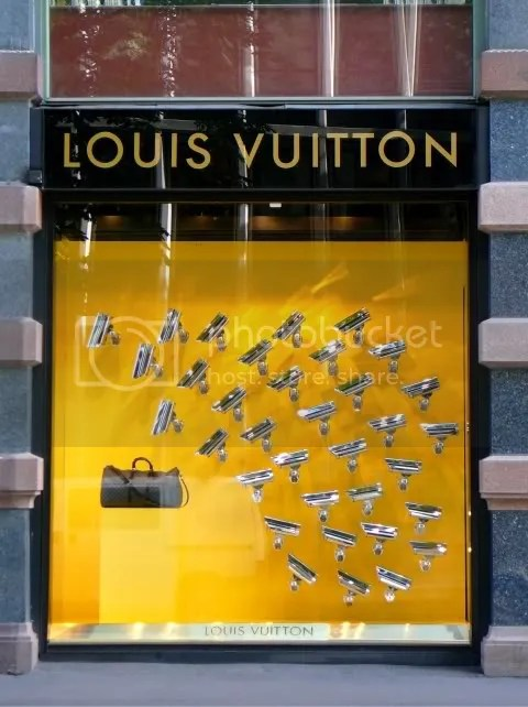 Louis Vuitton Oslo Window Display