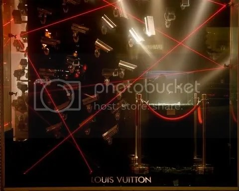 Louis Vuitton Fifth Avenue New York Window Display