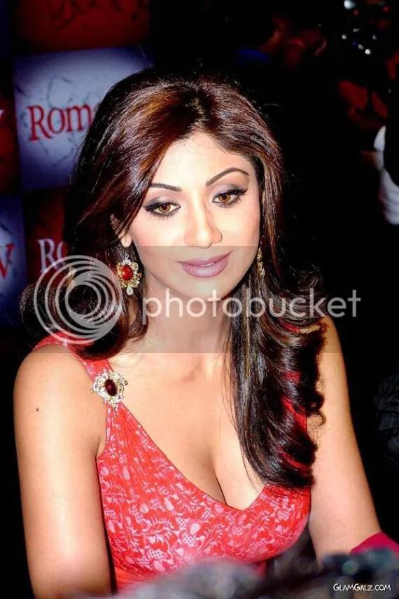 Shilpa Shetty's Glamorous Photoshoot