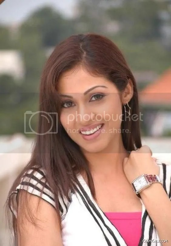 Pretty Indian Actress Sada