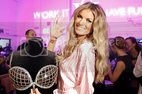 marisa miller,victoria's secret,$3 million dollar bra,2009