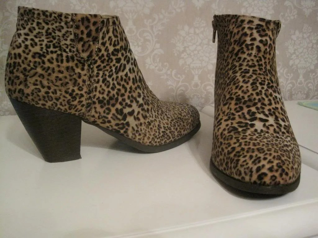 Leopardboots photo leopardboots_zps4c2f1724.jpg