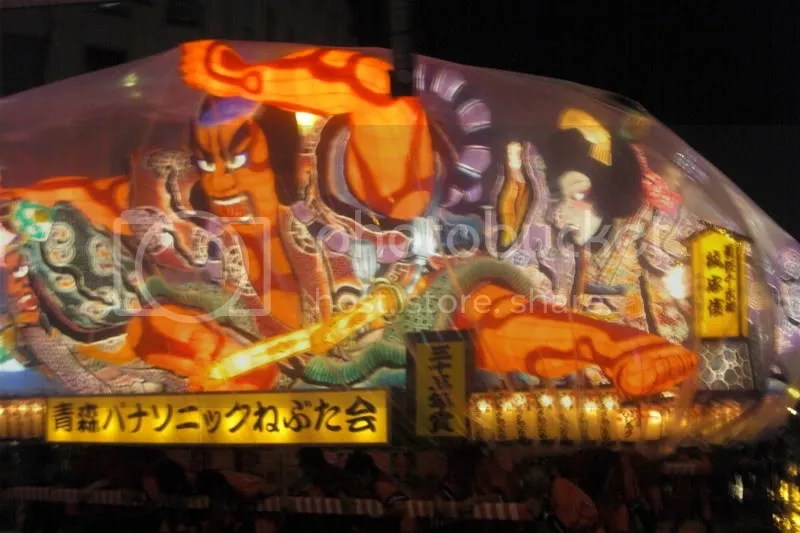 The neputa floats were almost 2 storeys high!!! Wooo-----