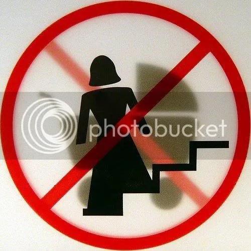 Proibido Darth Vader com carrinho de bebê
