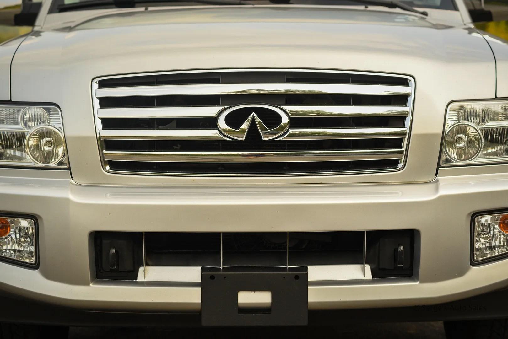 photo Infiniti-Serges-Auto-Sales-Car-dealer-Pennsylvania-QX56-Scranton-Nepa-29_zpsmbtslqcf.jpg