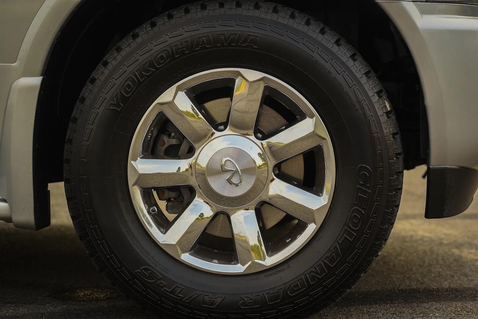 photo Infiniti-Serges-Auto-Sales-Car-dealer-Pennsylvania-QX56-Scranton-Nepa-35_zpsqjjs5ste.jpg