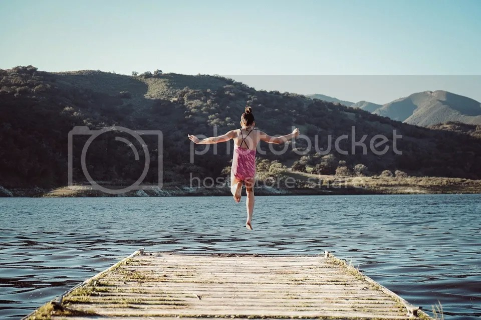 photo girl-2203338_960_720_zps1afe6rjr.jpg