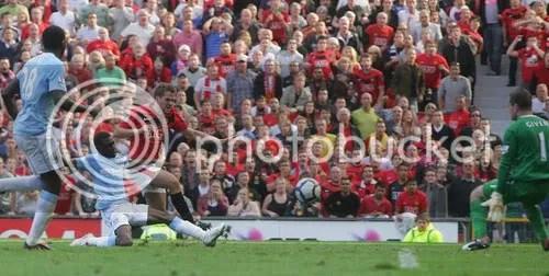 Michael Owen mencetak gol di menit 96