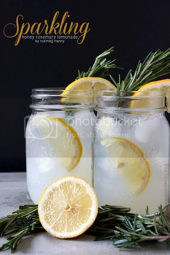 photo lemonade3_zps64k3xc2e.jpg