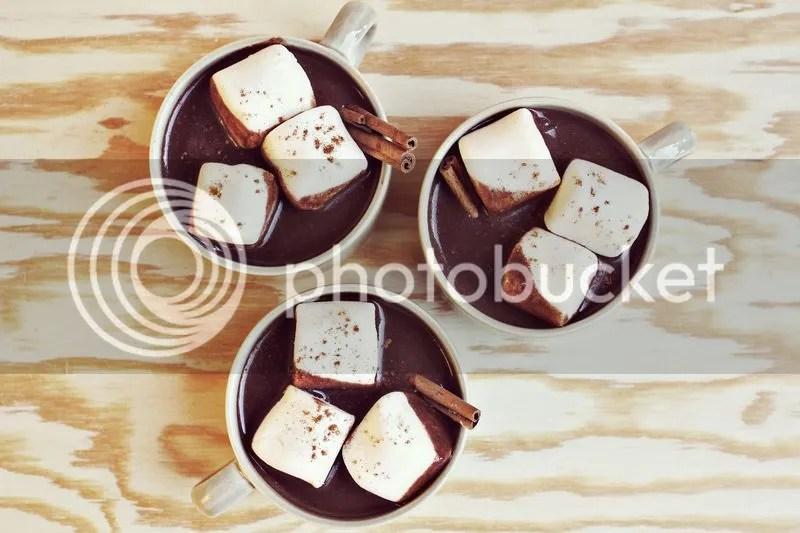 photo salted-caramel-hot-chocolate_zpsbubnbbec.jpg