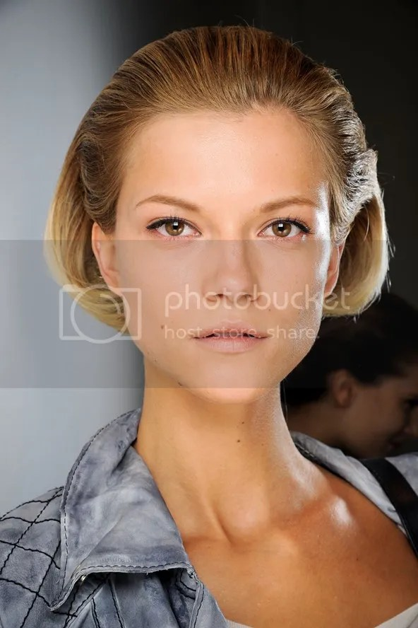 photo hairstyleforpartyseasonbeautyenxhi17_zps6bb6de9a.jpg