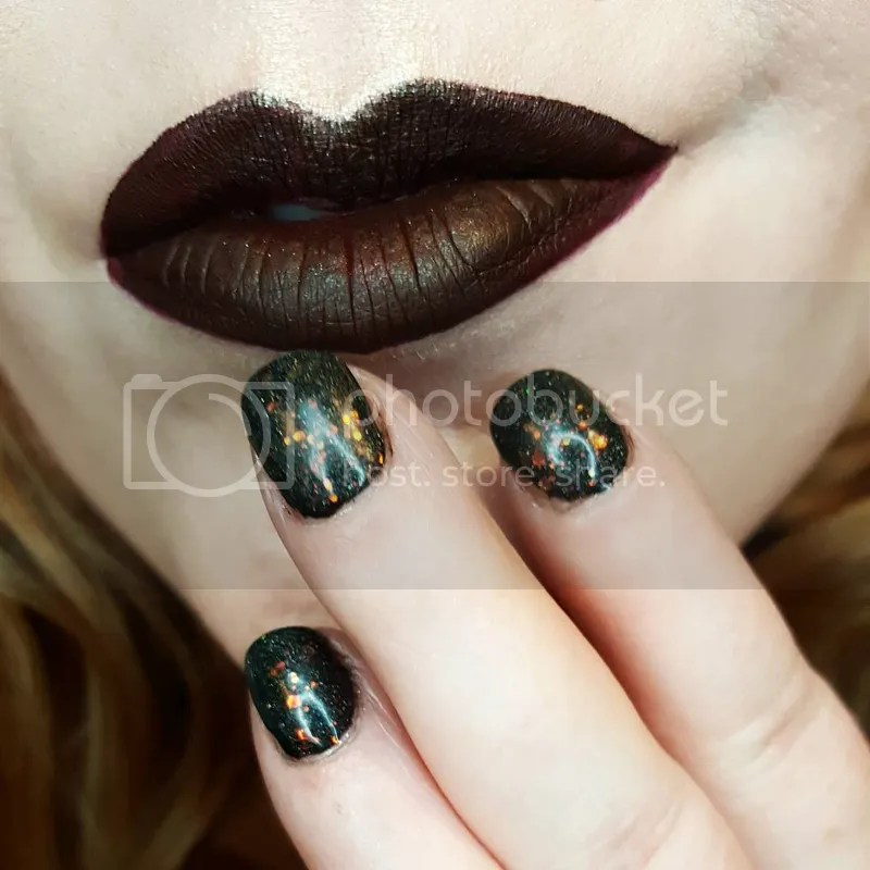 photo Dec. in Makeup - Bee Beauty 27_zpsveji24qe.jpg