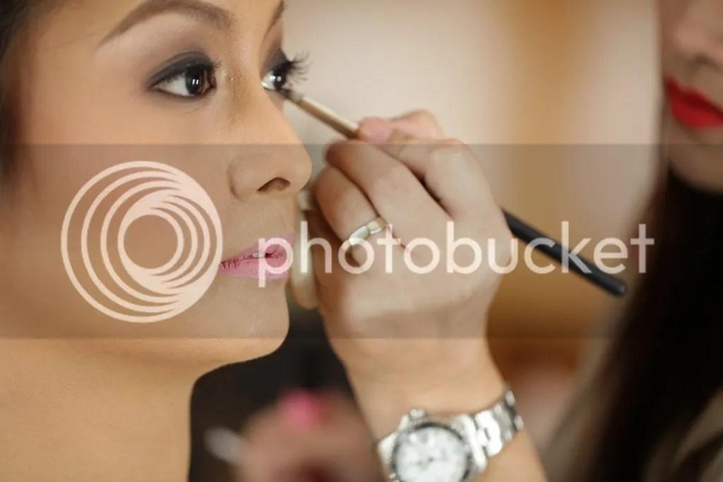Tips Memakai Make Up Saat Wajah Berjerawat