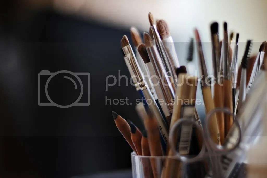 Panduan Make Up Natural Untuk Wajah Berminyak Berjerawat