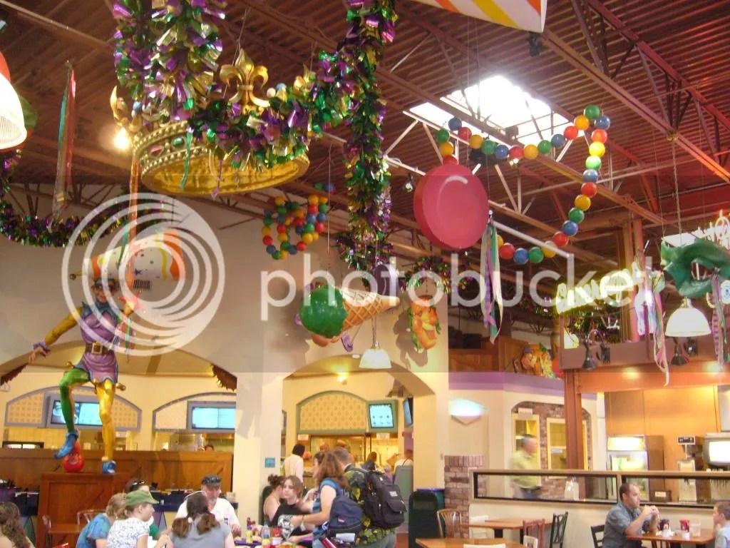 Sassagoula food court