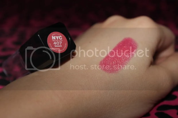 407 Smooch Swatch