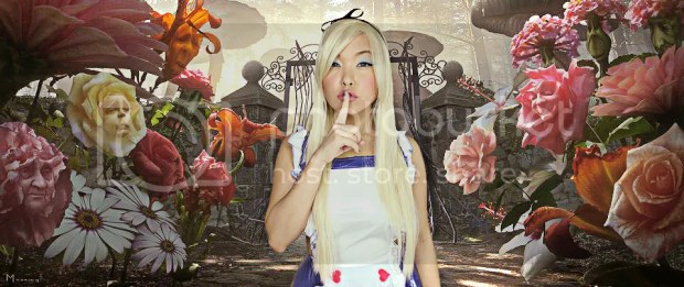 Alice in Wonderland Cosplay