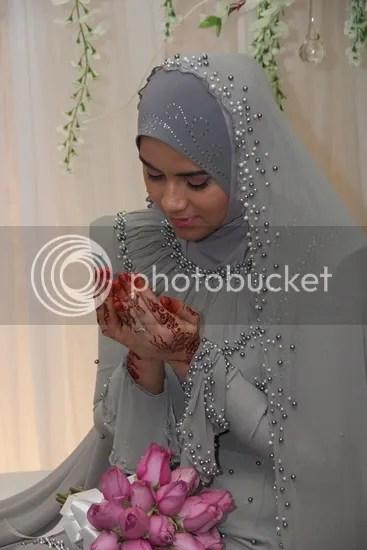 gambar pernikahan ana raffali