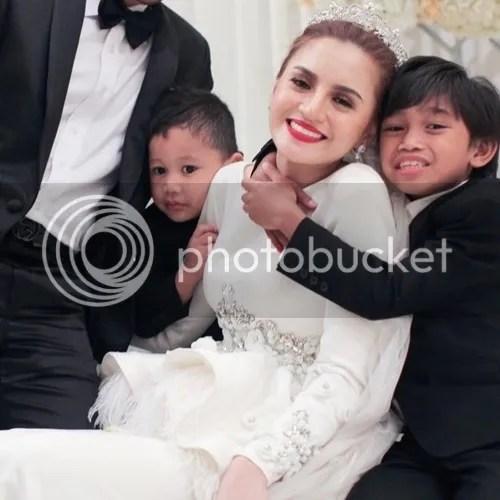 hanez suraya dan anak anak tiri