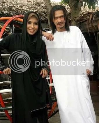 pernikahan akhil hayy dan waheeda
