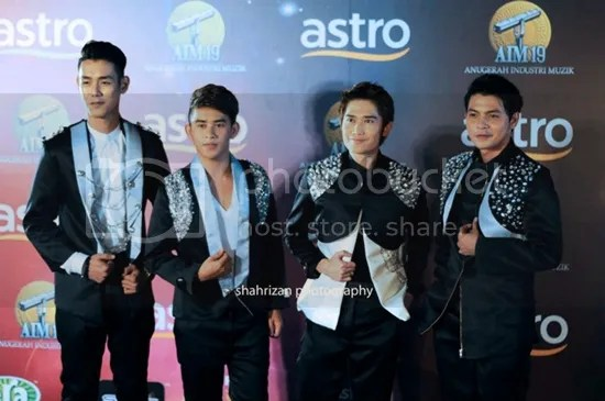 gambar red carpet aim19
