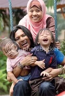 keluarga faizal tahir