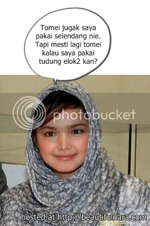 Malay sambil tengok tv3 sambil tue kongkek - 5 4
