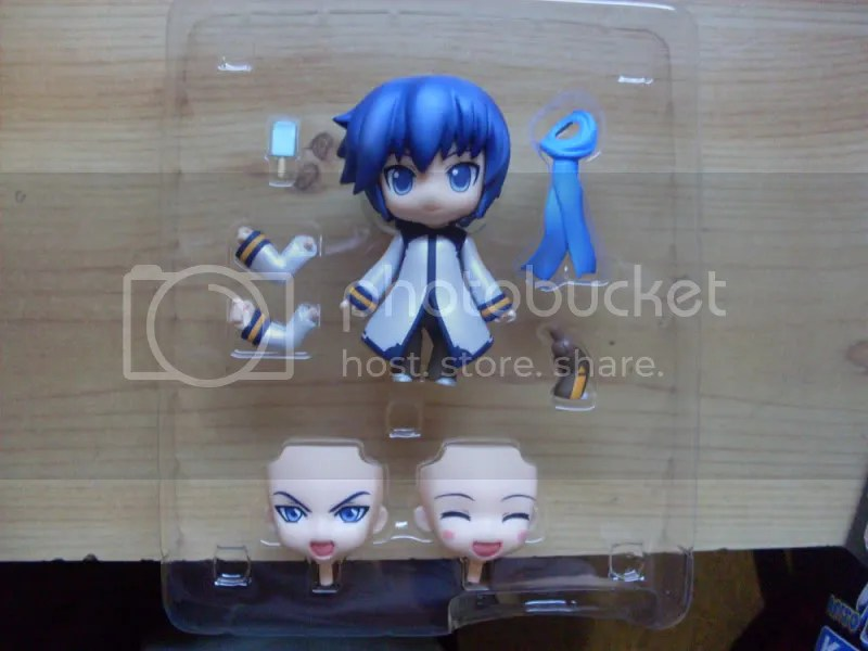 Creepy disembodied nendoroid heads, staring into your soul.