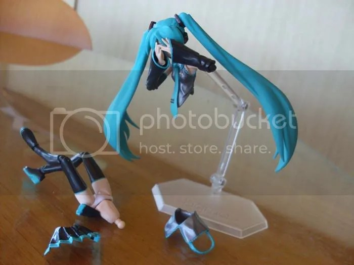 ...like some kind of macabre ghost-Miku.