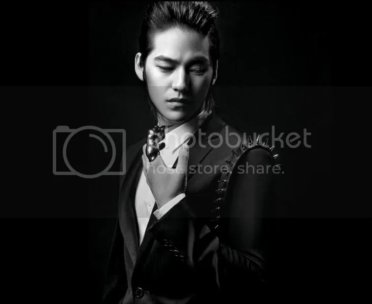 https://i2.wp.com/i398.photobucket.com/albums/pp70/Young_Lady_Junsu/Kim%20Bum/20091027_kimbum3.jpg