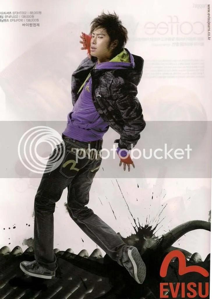 https://i2.wp.com/i398.photobucket.com/albums/pp70/Young_Lady_Junsu/TVXQ/YunHo%20for%20Evisu/53113999200908292008095373063822-2.jpg