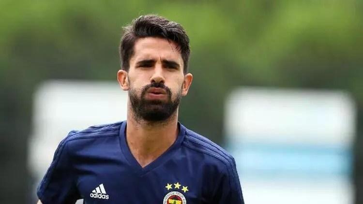 Fenerbahçeli yıldız kararını verdi! Ayrılıyor... 1