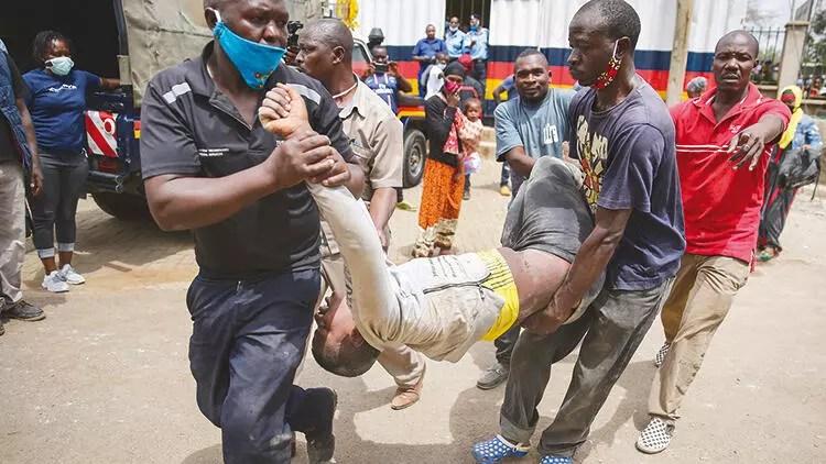 Kenya'da yardım kuyruğunda izdiham 1