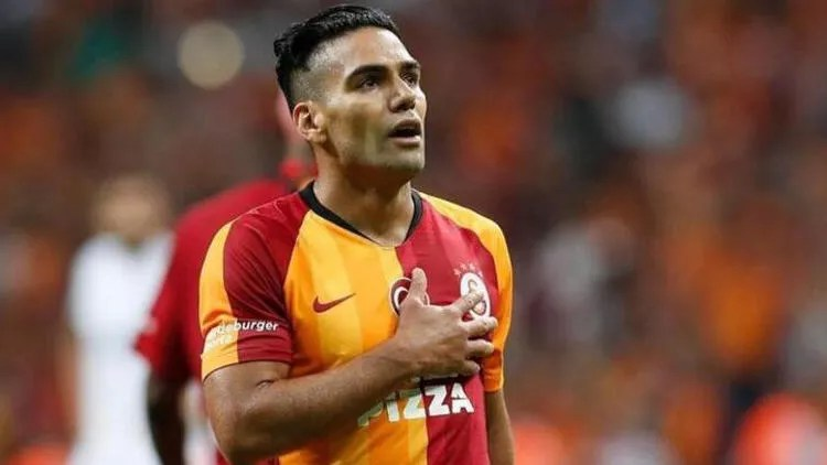 Galatasaray'da Radamel Falcao'ya 3.5 milyon euro! 1