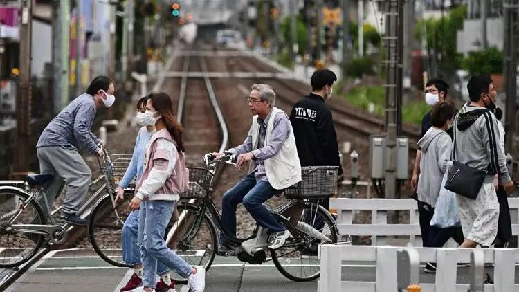 Japonya'dan kritik corona virüs kararı 1