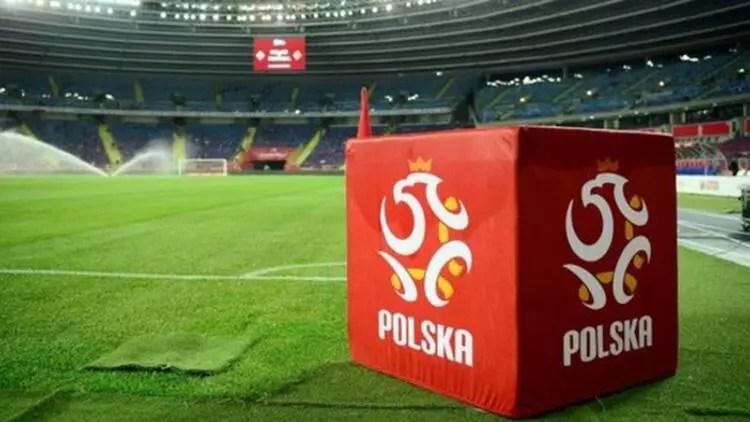 """Polonya Futbol Federasyonu'ndan """"maçlar seyircili oynansın"""" talebi 1"""