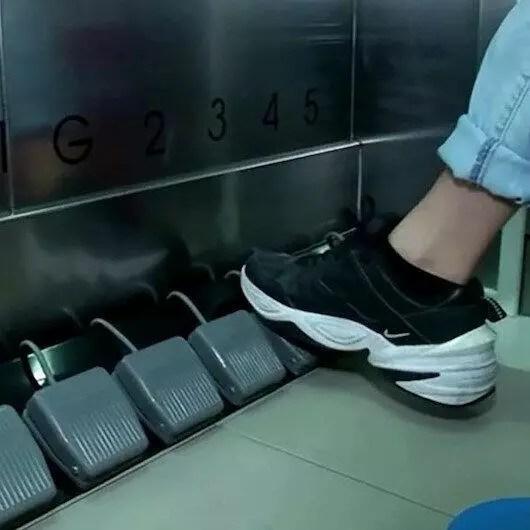 Koronavirüs sonrası asansörler ayakla artık çağrılacak 1