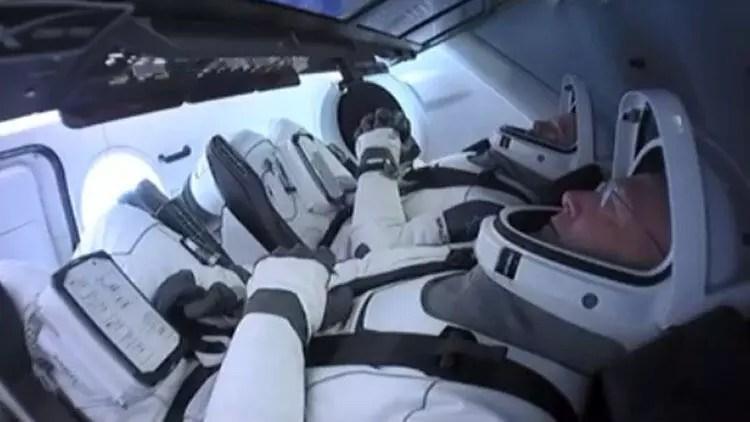 Son dakika haberi: SpaceX birinci beşerli uçuşunu gerçekleştirdi 1
