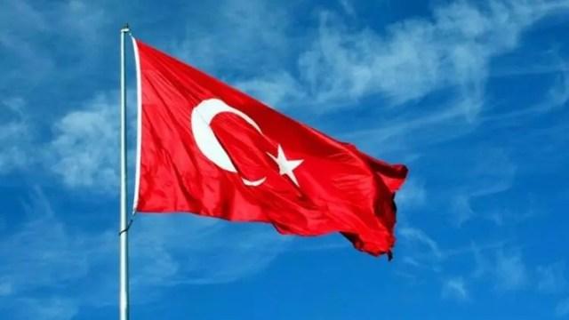 Arnavutluk'tan 'Türk bayrağı' kararı - Sondakika Haberler