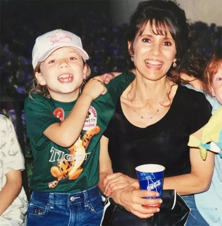 Eski çocuk yıldız Jennette McCurdy'den çocukluk itirafları: Annem yalnız başına banyoya girmeme bile izin vermezdi