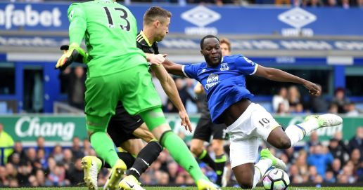 Everton 0-3 Chelsea live score and goal updates