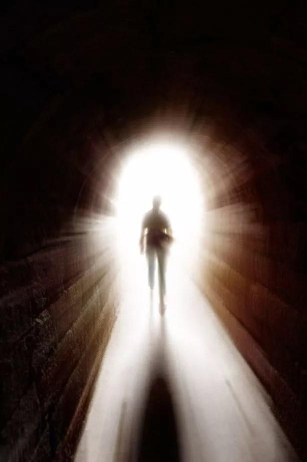 Résultats de recherche d'images pour «heaven's tunnel of light»