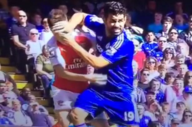 Diego Costa pushes Laurent Koscielny