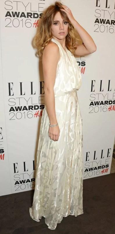 https://i2.wp.com/i4.mirror.co.uk/incoming/article7427416.ece/ALTERNATES/s615b/Elle-Style-Awards.jpg?resize=396%2C805