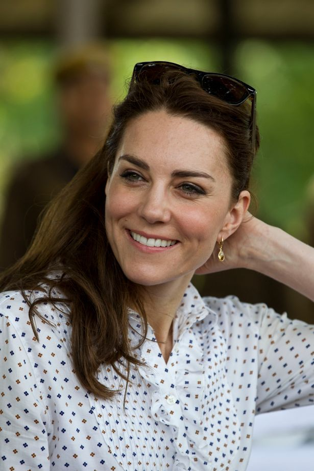 Kate wore Kiki McDonough citrine drop earrings for the Kaziranga National Park safari