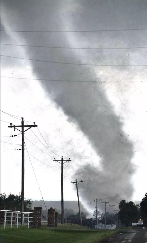 Tornado-Oklahoma Tornado kill at least two, destroy homes at Oklahoma city, United States