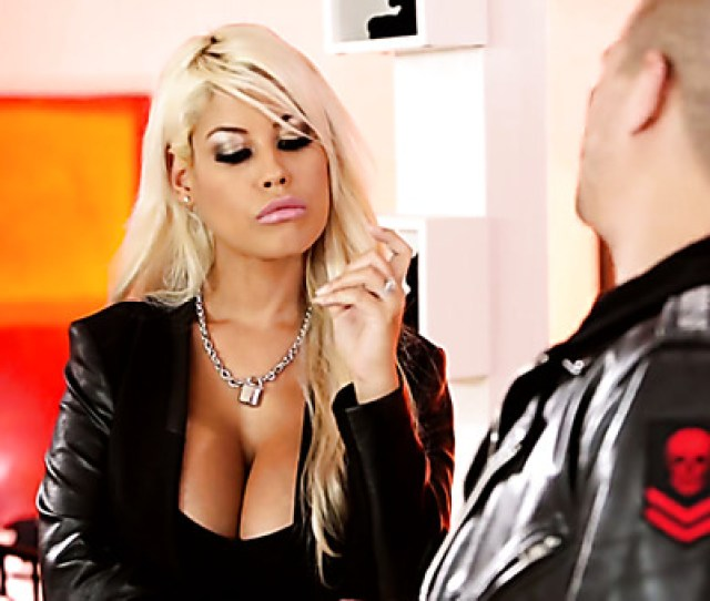 Bosomy Fervent Babe Bridgette B Knows How To Please A Strong Stud