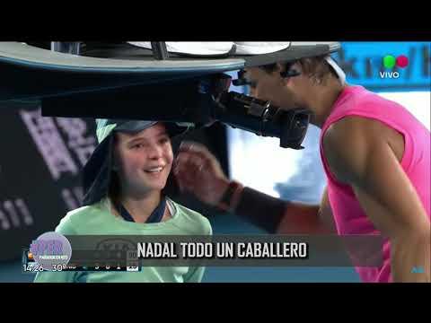 """Rafa Nadal en el """"Open"""" 2020: le da pelotazo a una alcanzapelotas y mirá la reacción del tenista"""